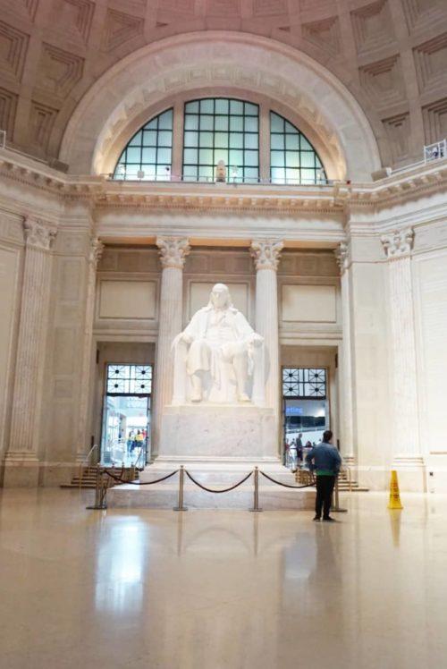 Benjamin Franklin Statue at Franklin Institute in Philadelphia
