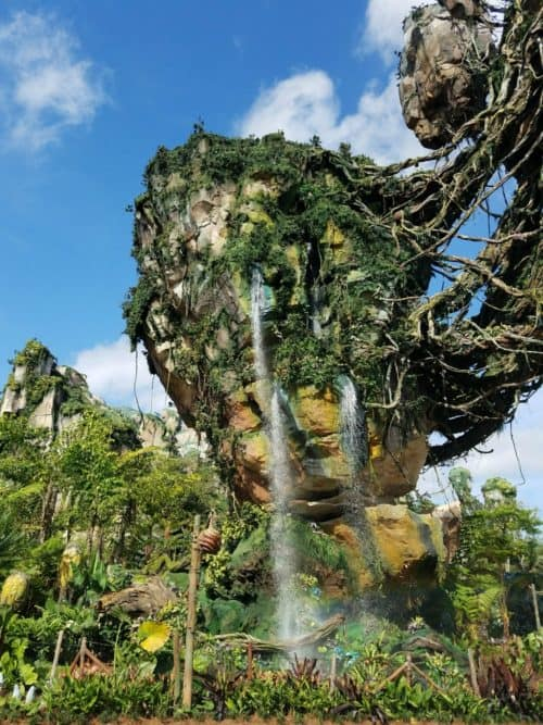 pandora-world-of-avatar-floating-mountain-waterfall