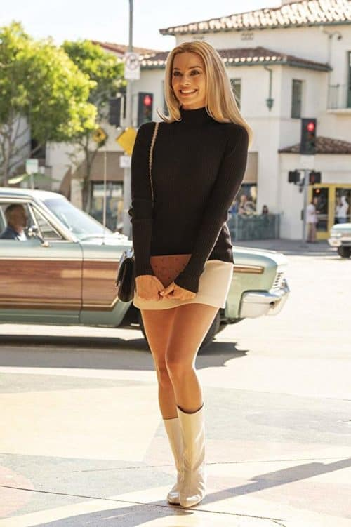 margot robbie once upon a time in hollywood review