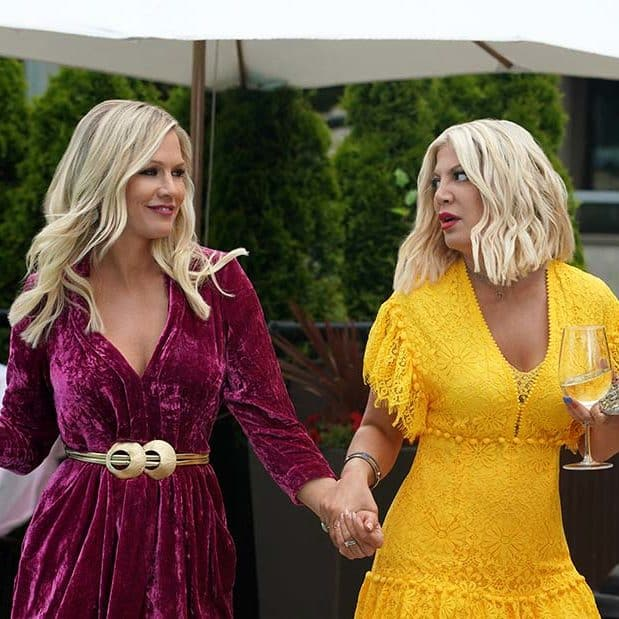jennie_garth_and_tori_spelling