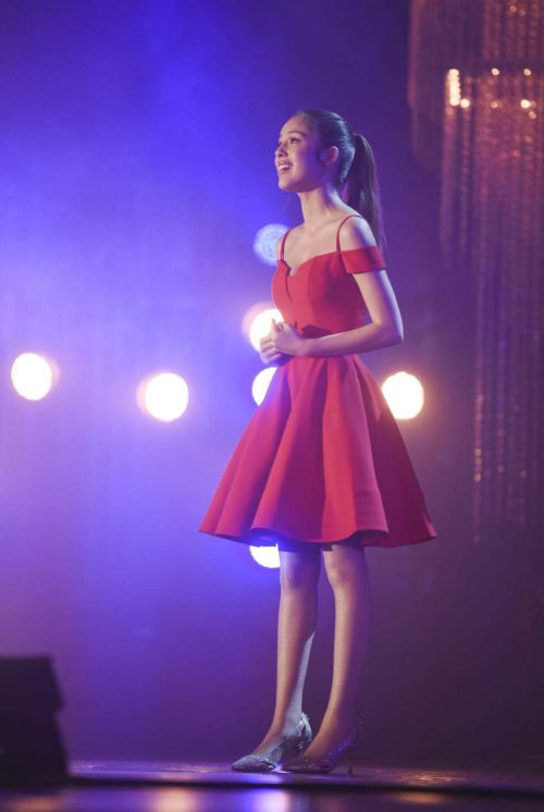 High School Musical the musical the series day 1 disney plus Nini in red dress auditioning