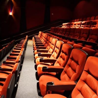 amc theaters close for 6 to 12 months empty theaters