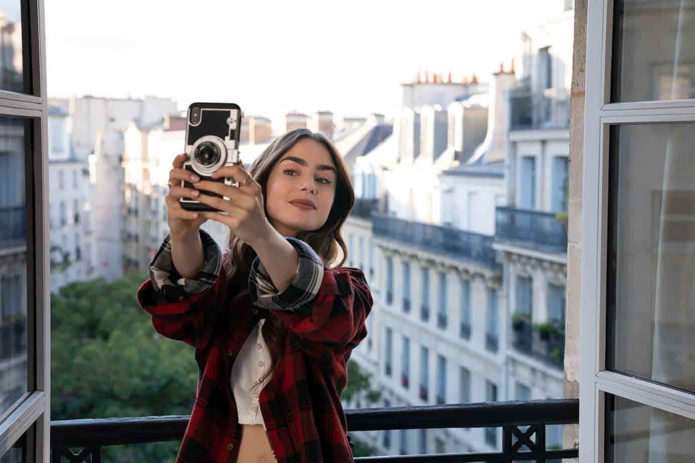 quotes-from-emily-in-paris-selfie